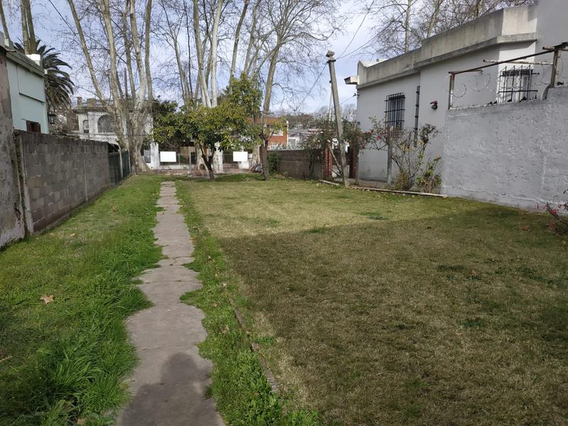 Foto Terreno en Venta en  Prado ,  Montevideo  Av. de las Instrucciones y Millán - SE ESCUCHAN OFERTAS - Zona Prado