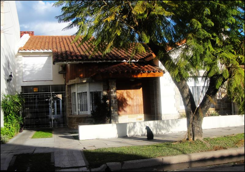 Foto Casa en Venta en  Turdera,  Lomas De Zamora  SAN RAIMUNDO 90
