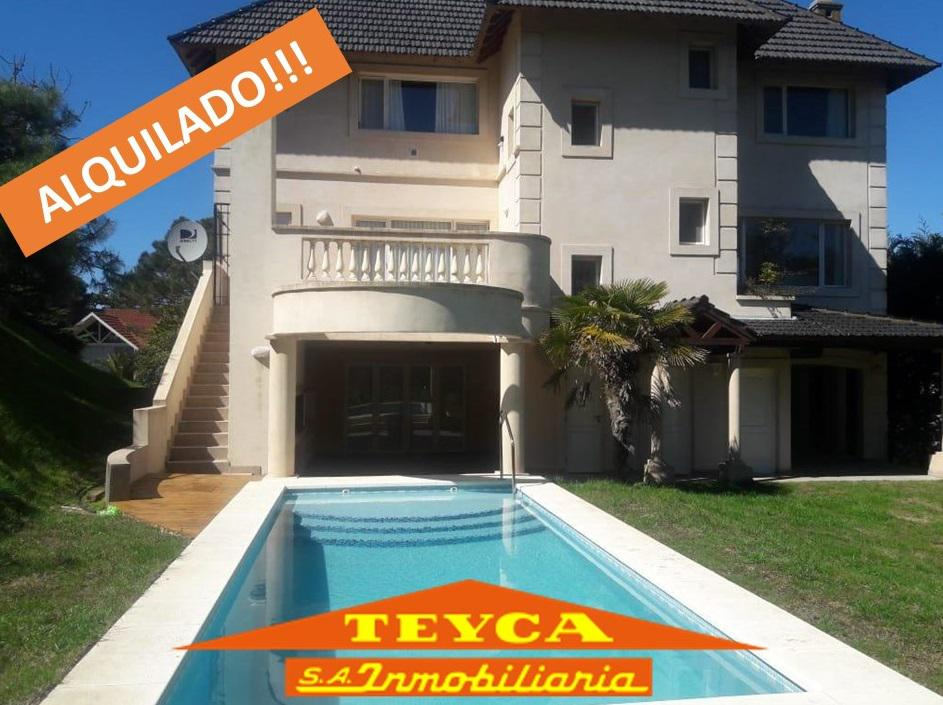 Foto Casa en Alquiler temporario en  Pinamar ,  Costa Atlantica  AV LIBERTADOR 3998