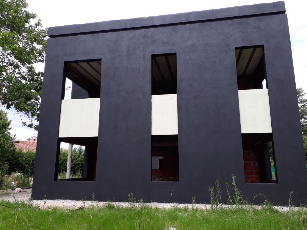 Foto Casa en Venta en  Pilar ,  G.B.A. Zona Norte  Casa en venta en construccion en Haras del Sol  moderna