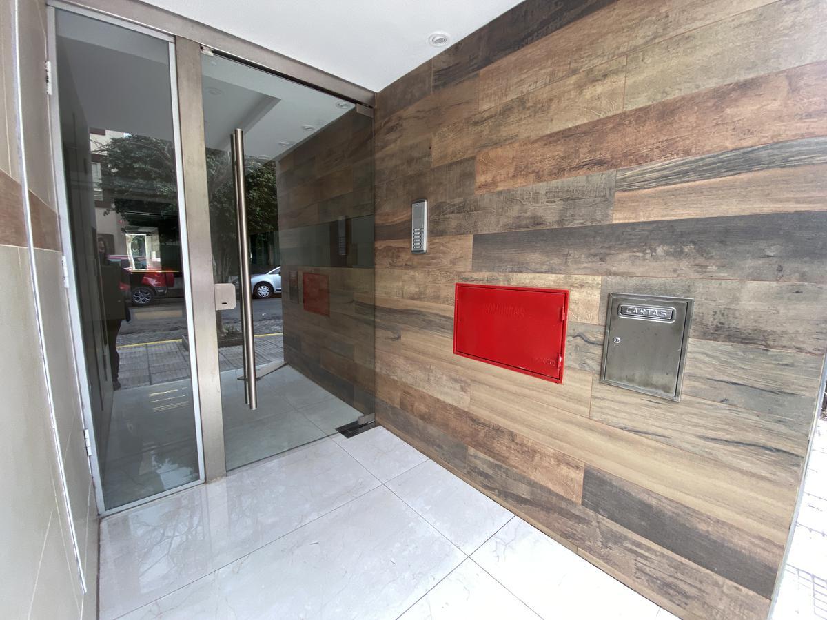 Foto Departamento en Venta en  Monte Castro ,  Capital Federal  Alcaraz al 4800