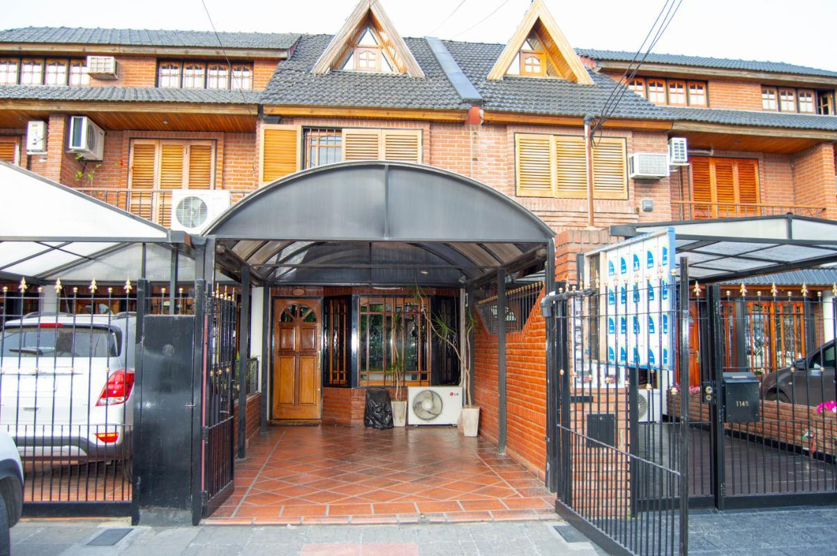 Foto Casa en Venta en         Antonio malaver  1100    , G.B.A. Zona Oeste | Moron | Haedo