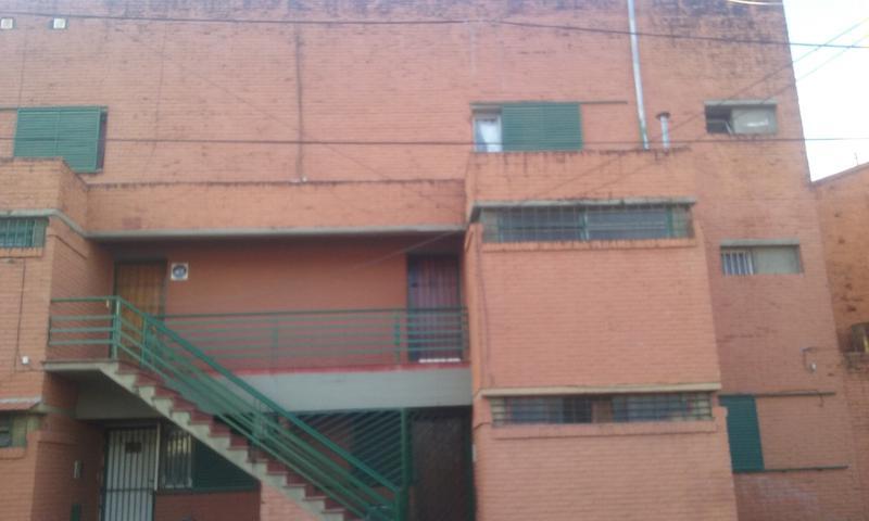 Foto Casa en Venta en  San Miguel De Tucumán,  Capital  Pj. Houssey al 3300 (Dúplex)