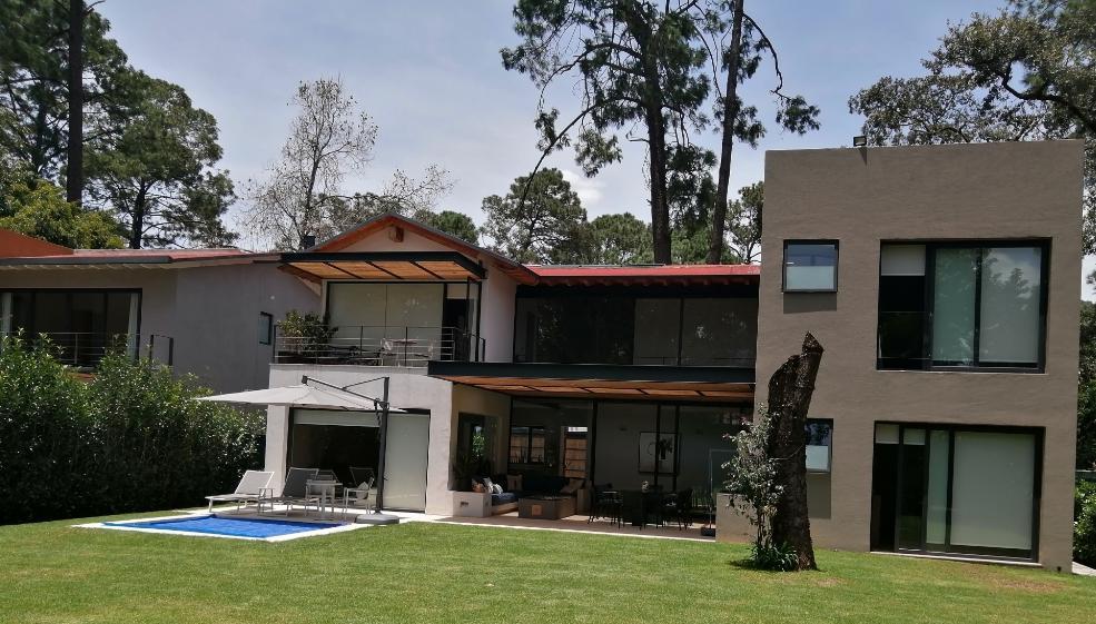 Foto Casa en condominio en Venta en  Avándaro,  Valle de Bravo  Venta de casa en Avándaro Seminueva