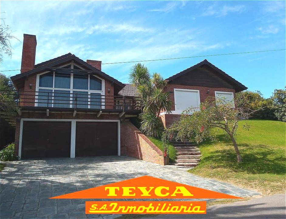 Foto Casa en Venta en  Pinamar ,  Costa Atlantica  Del Buen Orden n° 525 e/ Martin Pescador y De los Langostinos
