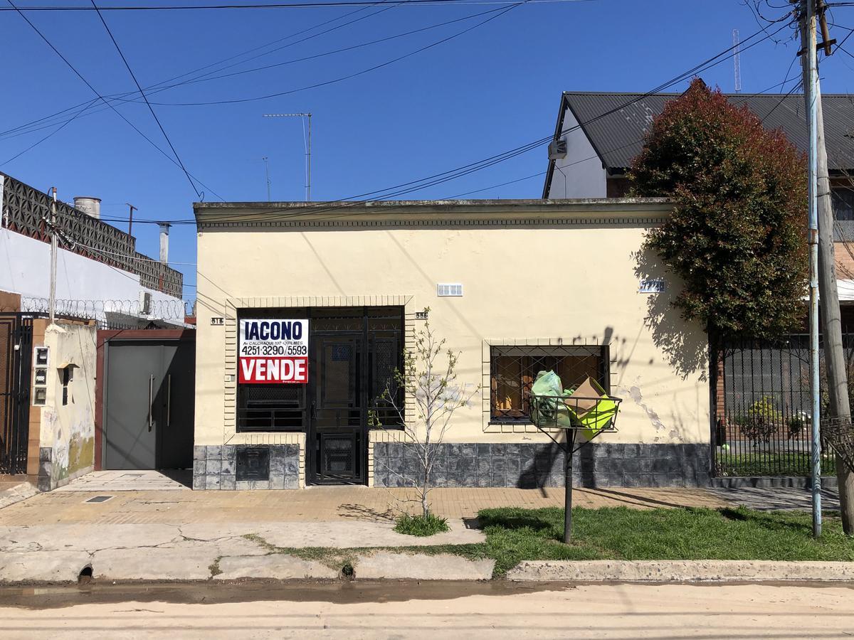 Foto Casa en Venta en  Bernal Oeste,  Quilmes  Gral. Álvarez 558 entre Zeballos y Alem