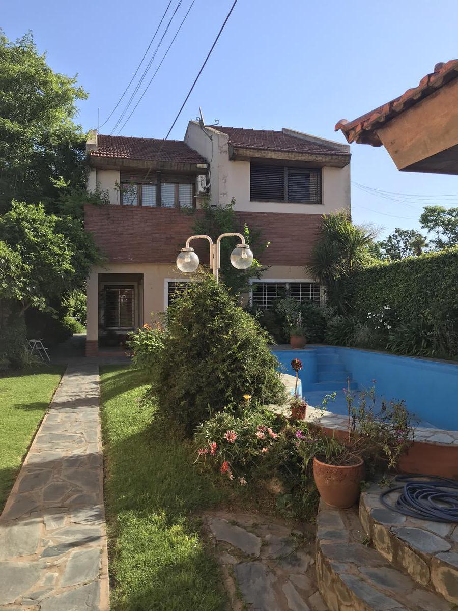 Foto Local en Venta en  Moreno ,  G.B.A. Zona Oeste  Merlo al 600