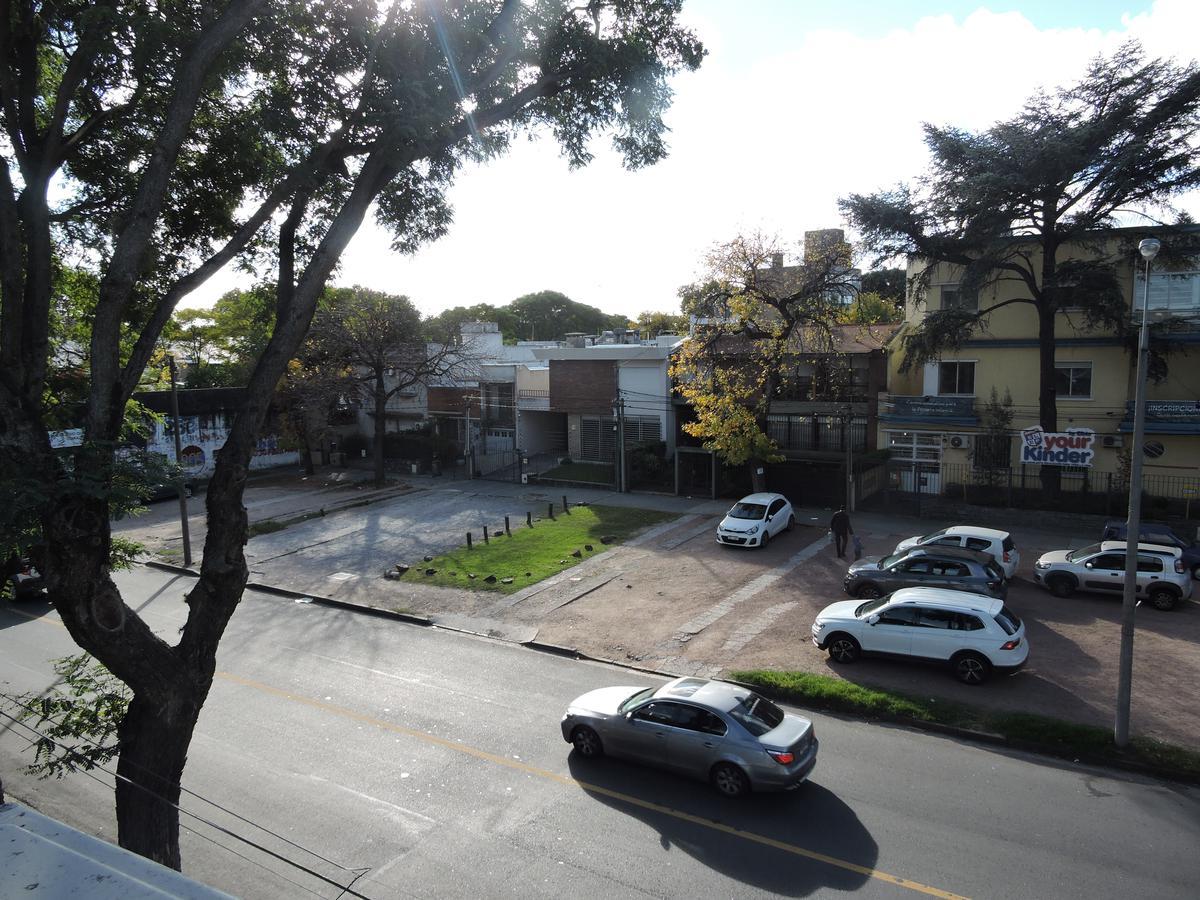 Foto Apartamento en Alquiler en  Prado ,  Montevideo  2 dormitorios con Garaje - Suárez y Arquimedes