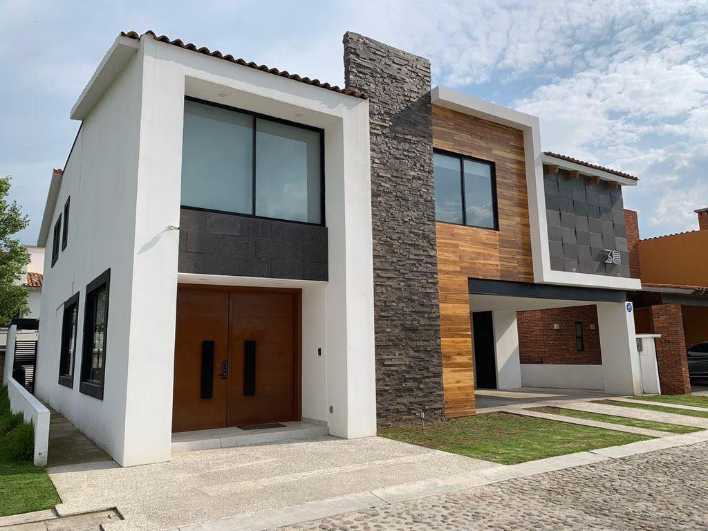 Foto Casa en Venta en  Calimaya ,  Edo. de México  CASA EN EL MESON