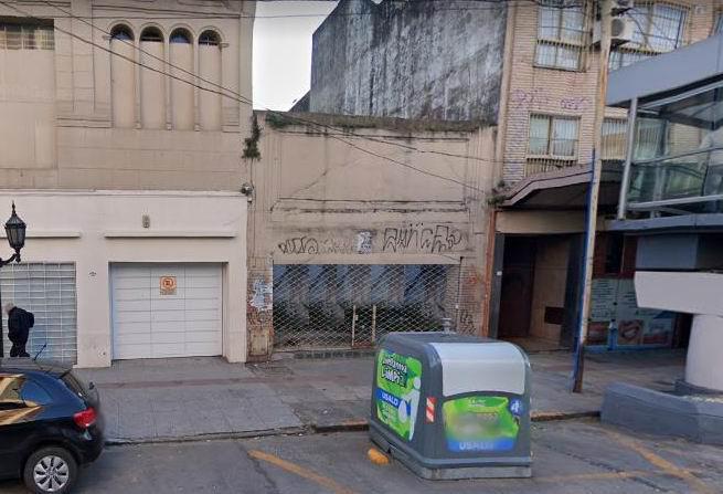 Foto Terreno en Venta en  Avellaneda ,  G.B.A. Zona Sur  Maipu 57