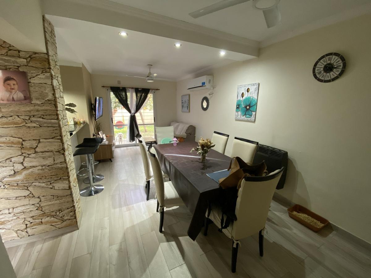 Foto Casa en Venta en  Santo Tome,  La Capital  Balcarce  al 2400