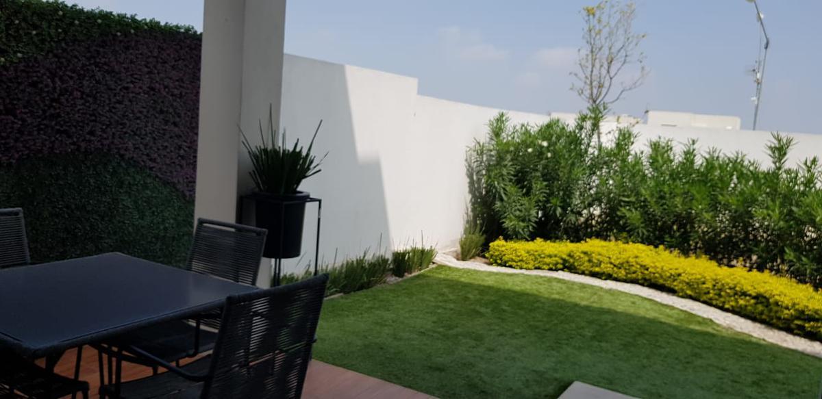 Foto Casa en Venta en  Monterrey ,  Nuevo León     Casa en Venta en Cumbres San Agustin Chelsea - Fraccionamiento Privado (MVO)