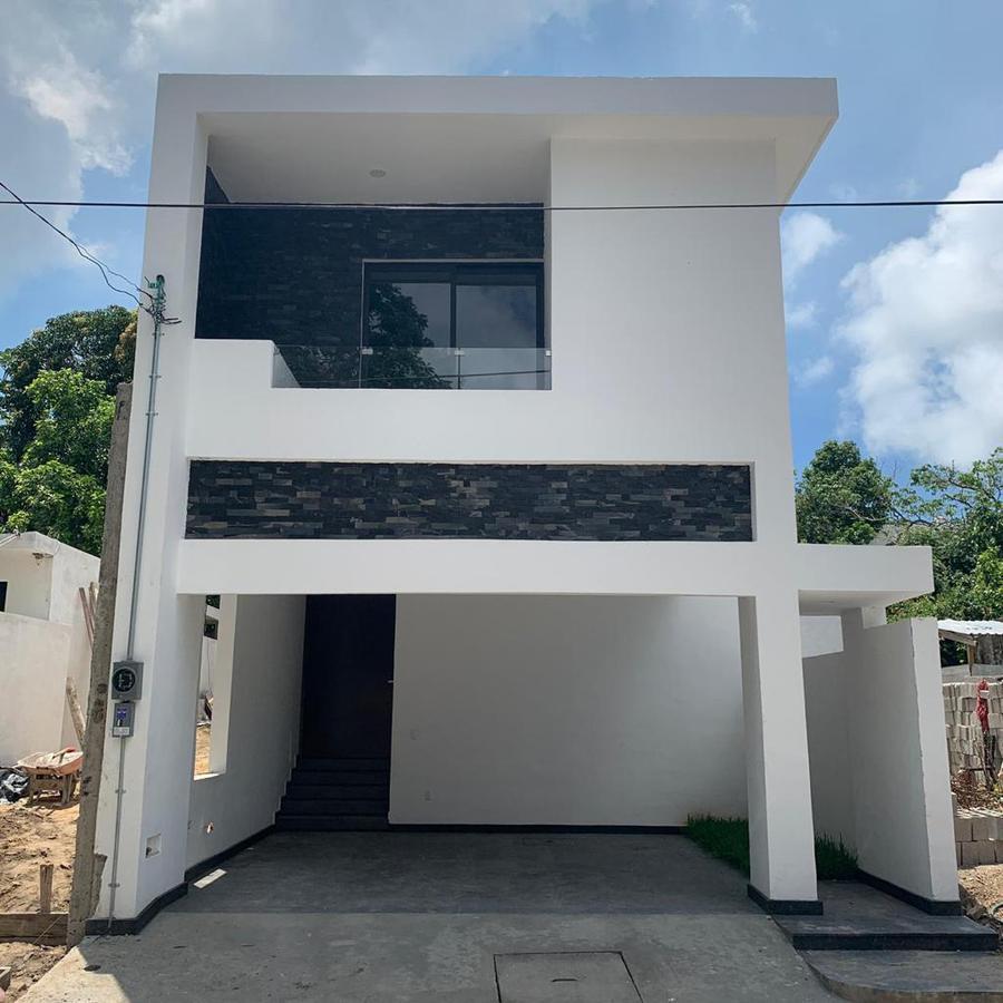 Foto Casa en Venta en  Ciudad Madero ,  Tamaulipas  Hermosa casa estilo residencial