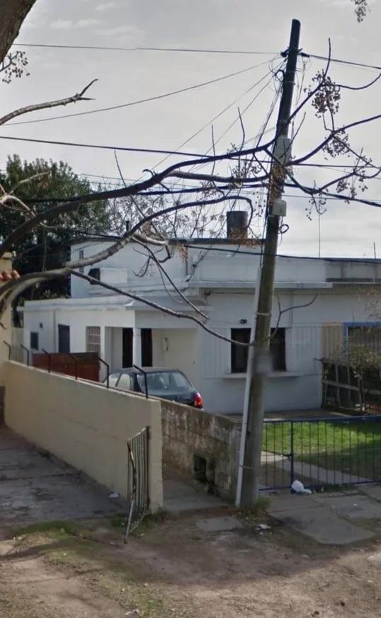 Foto Casa en Venta en  Colón ,  Montevideo  Coronel Raiz - 3 en 1 - ideal para renta!!!