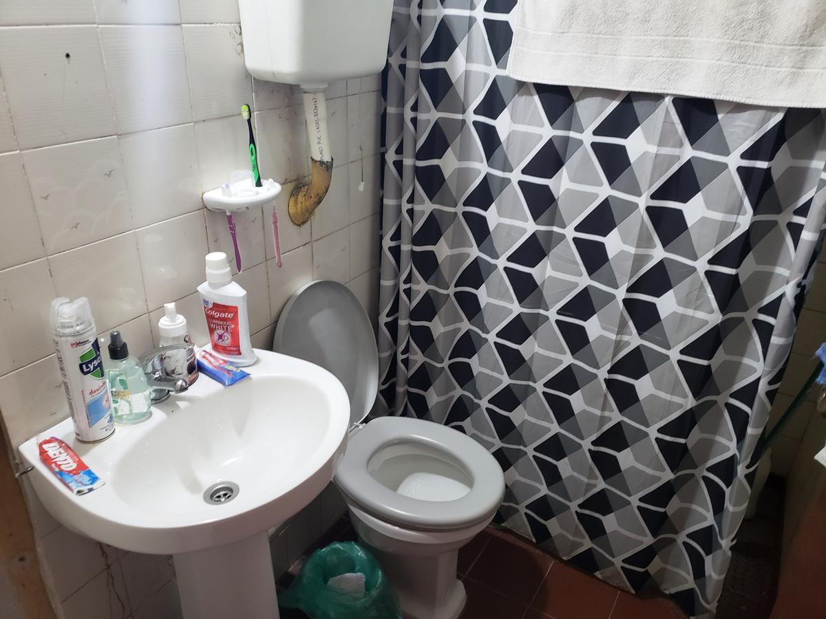 Foto Casa en Venta en  Colonia del Sacramento ,  Colonia  Casa de un dormitorio ubicada a 100 metros de Luis Alberto Herrera