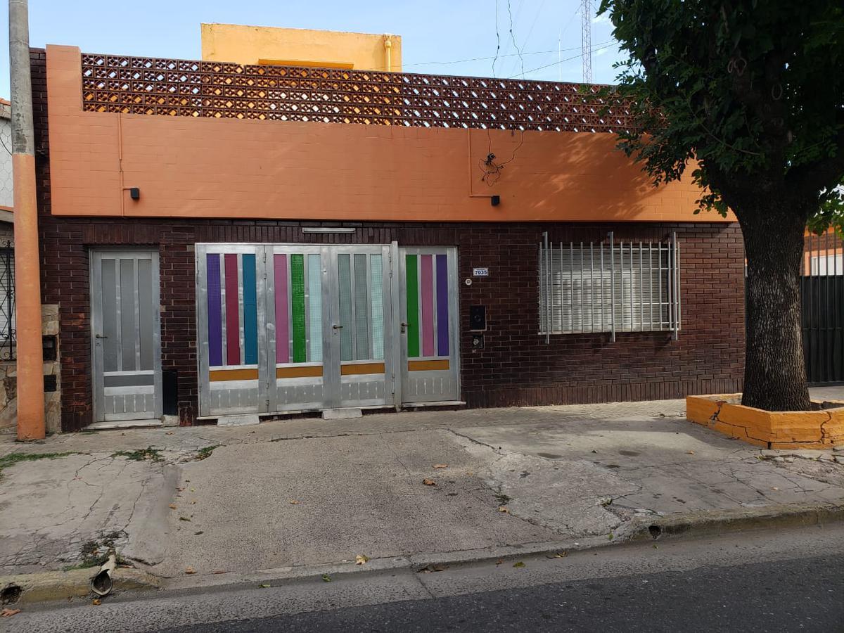 Foto Casa en Venta en  Belgrano,  Rosario  DERQUI 7035