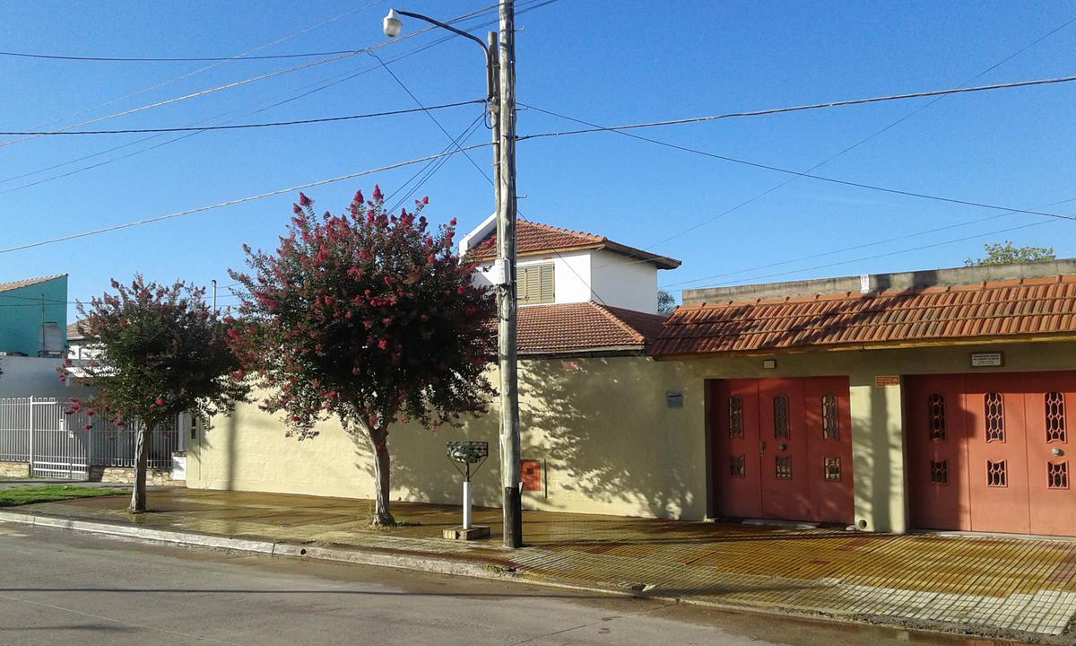 Foto Casa en Venta en  Monte Chingolo,  Lanus  Tucuman Nº al 4100