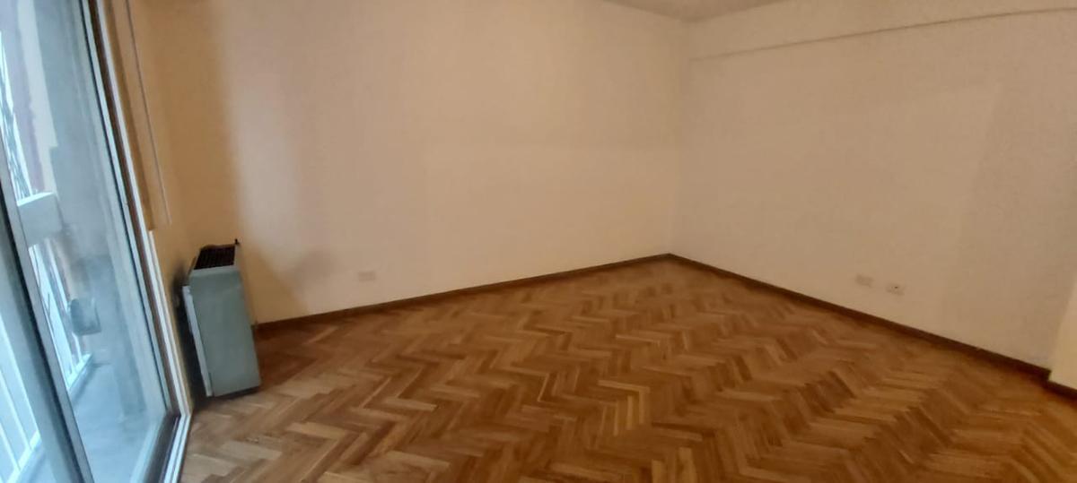 Foto Departamento en Venta en  Caballito ,  Capital Federal          DOBLAS 241