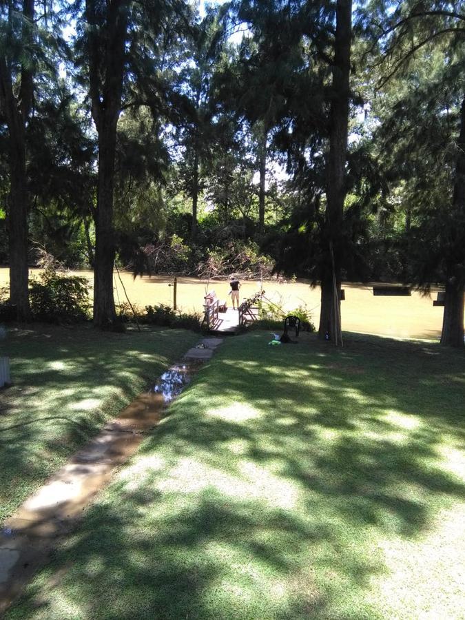 Foto Casa en Venta en  Zona Delta Tigre,  Tigre  Casa 3 Ambientes sobre Arroyo Antequera, amplio parque y muelle propio.