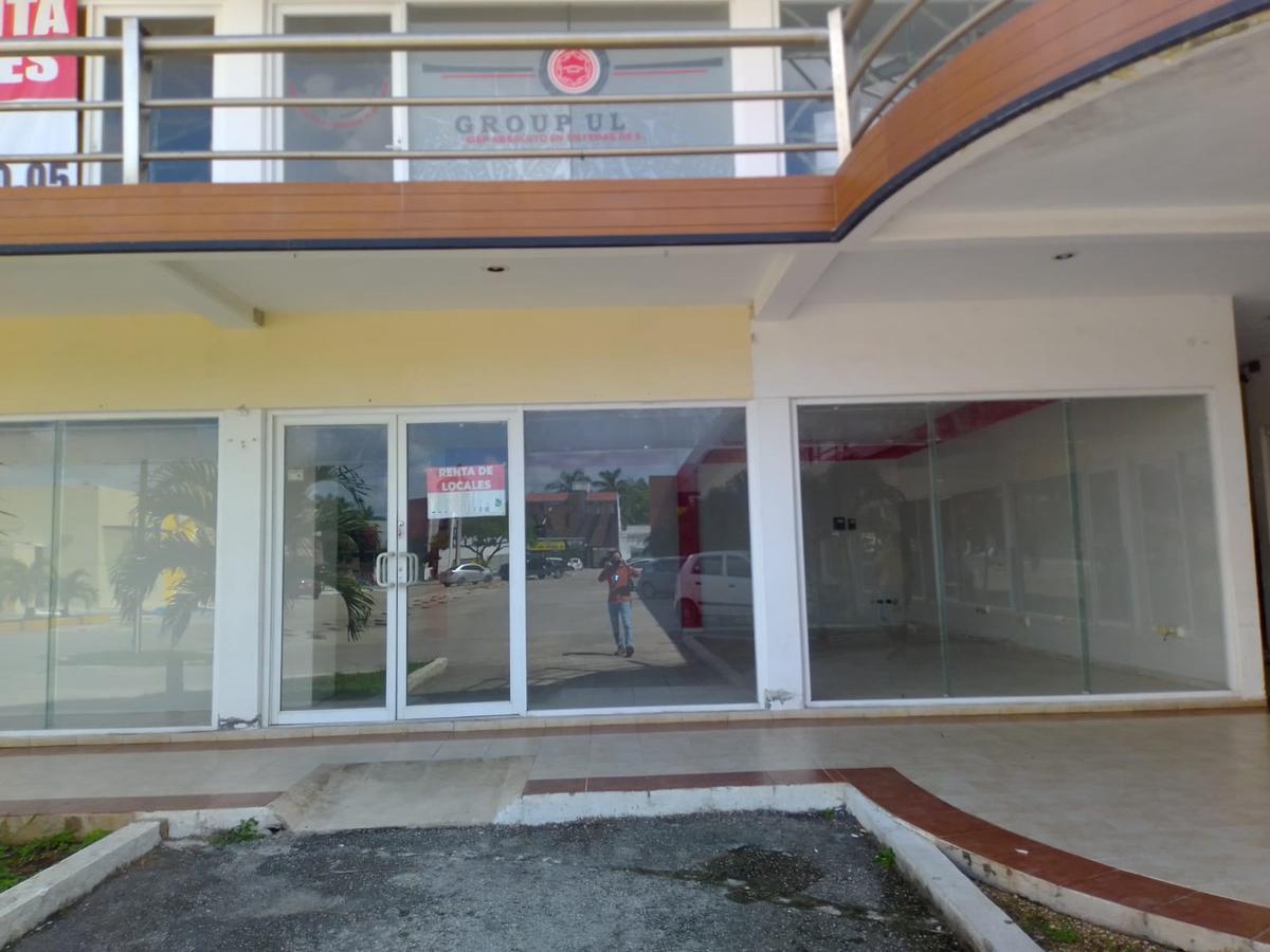 Foto Local en Renta en  Paseo de Montejo,  Mérida  Renta Local Comercial en Plaza Mayor (102 m2)
