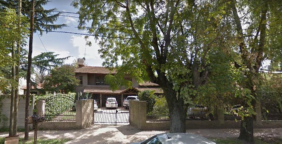 Foto Casa en Venta en  Centro (Moreno),  Moreno  Propiedad, en lote de 900 metros. VENDE en Moreno