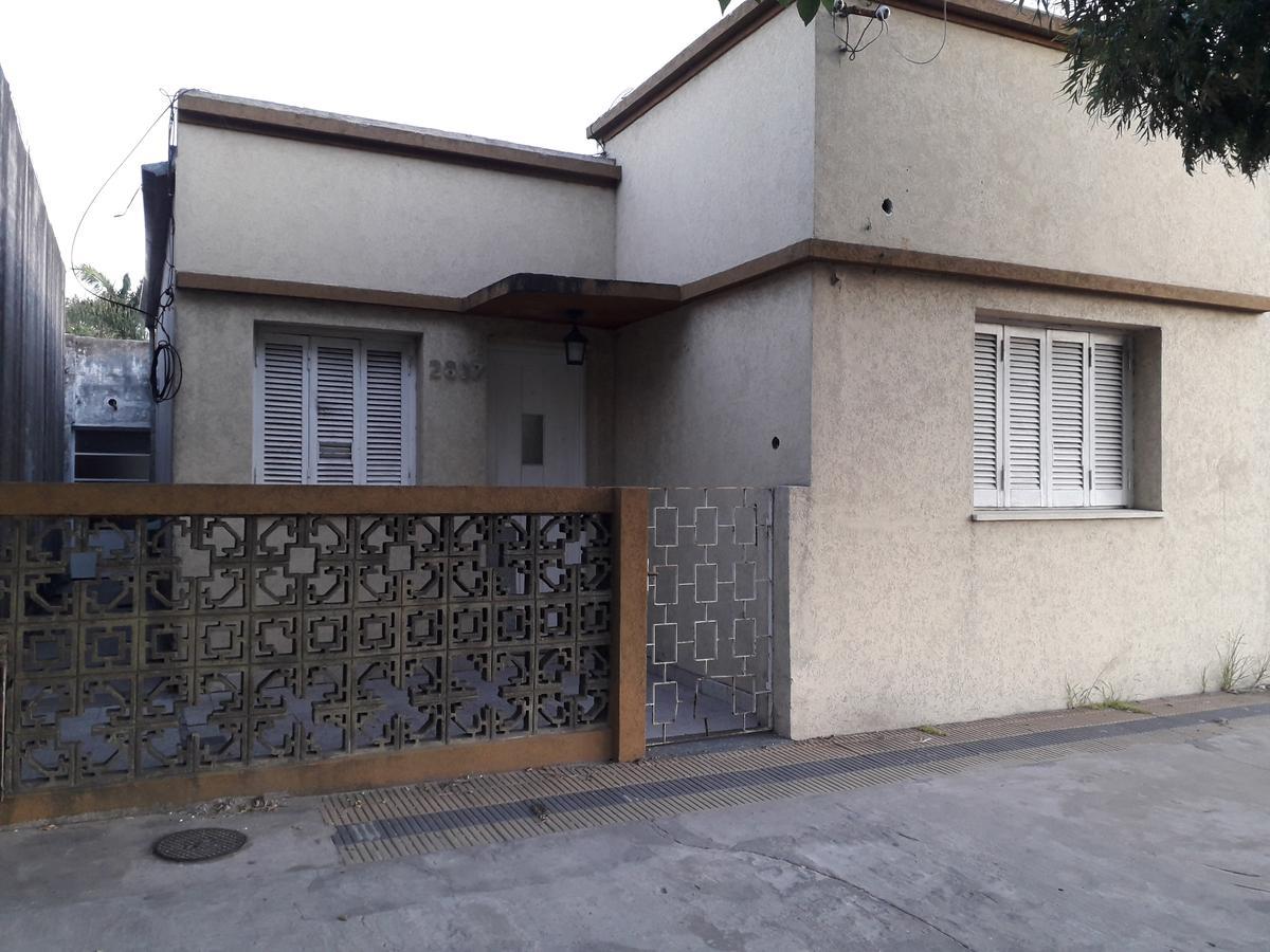 Foto Casa en Alquiler en  Berisso ,  G.B.A. Zona Sur  calle 7 e/150 y 151