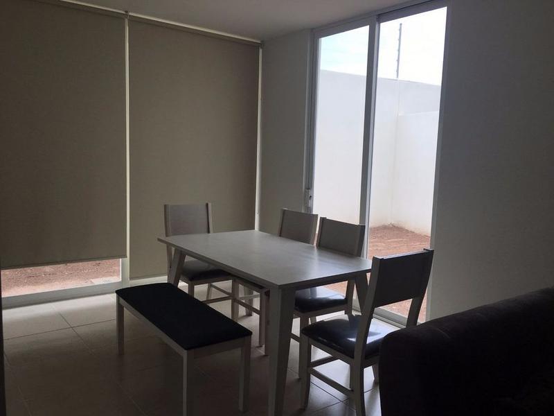 Foto Casa en Renta en  Pozos Residencial,  San Luis Potosí   EXCELENTE CASA AMUEBLADA EN RENTA CERCA A ZONA INDUSTRIAL