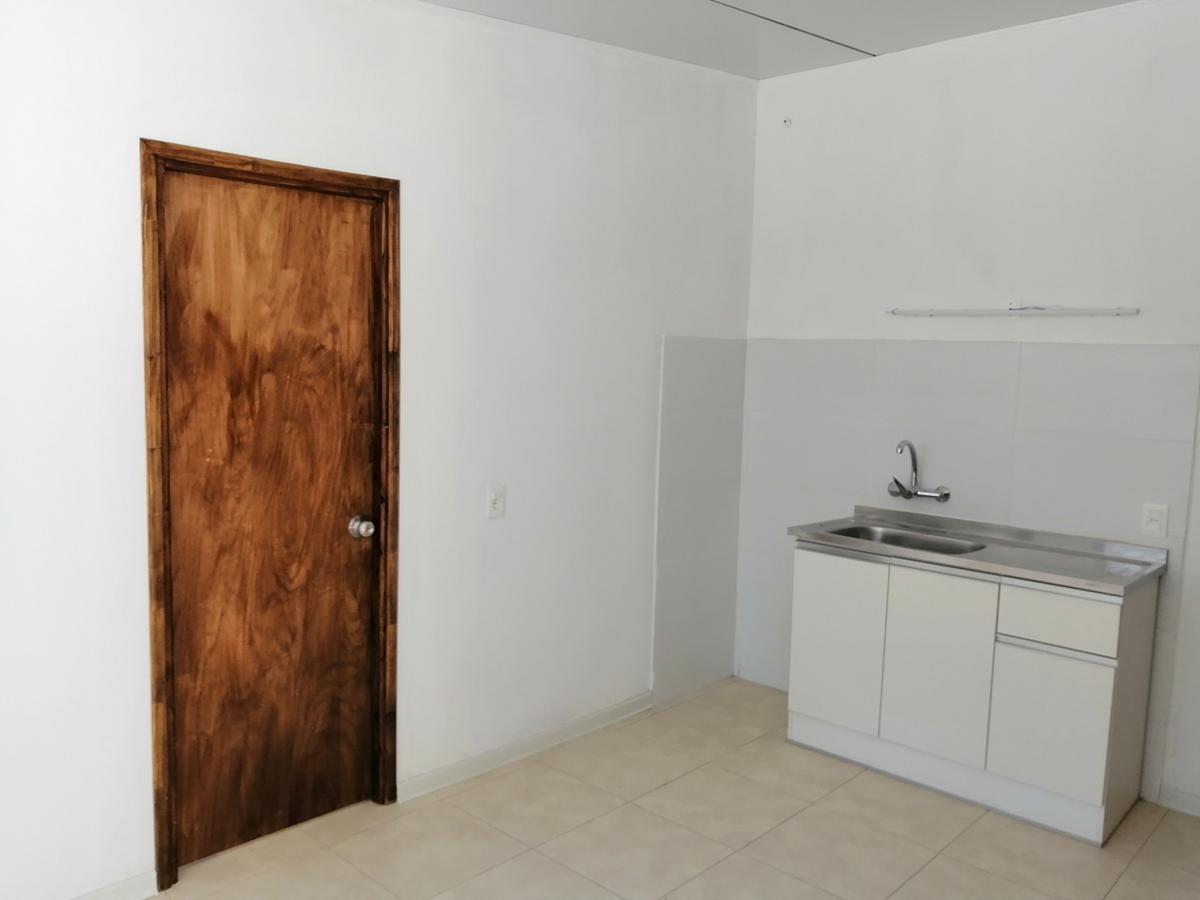 Foto Apartamento en Venta en  Peñarol ,  Montevideo  Volta  4842/03