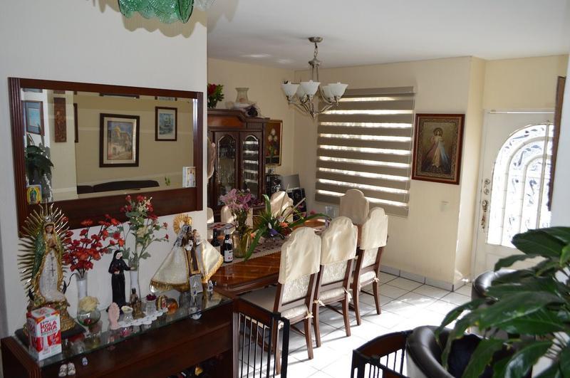Foto Casa en Venta en  Fraccionamiento Mirador de San Isidro,  Zapopan  Valle de San Isidro 1067 5, Mirador de San Isidro, Zapopan, Jalisco