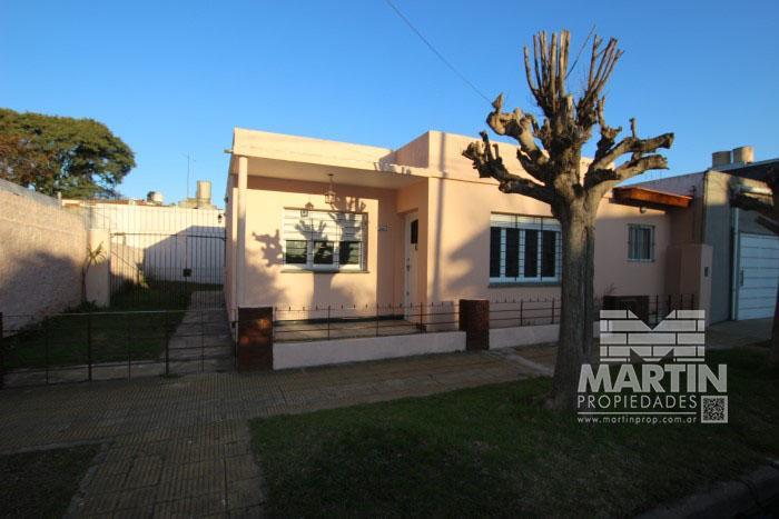 Foto Casa en Venta en  Villa Adelina,  San Isidro  LUIS MARIA DRAGO al 2100