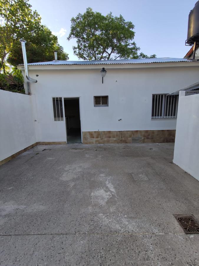 Foto Casa en Venta en  Adrogue,  Almirante Brown  Amenedo 86