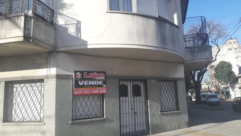 Foto PH en Venta en  Liniers ,  Capital Federal  Estero Bellaco al 7100, liniers, venta P.H. 2 ambientes, al frente, entrada independiente.