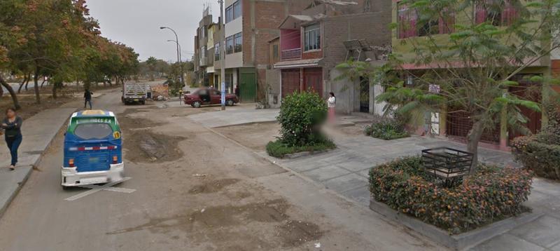 Foto Terreno en Venta en  Comas,  Lima  Avenida Metropolitana con Universitaria