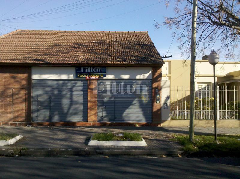 Foto Local en Alquiler en  Banfield Este,  Banfield  Arenales 1410