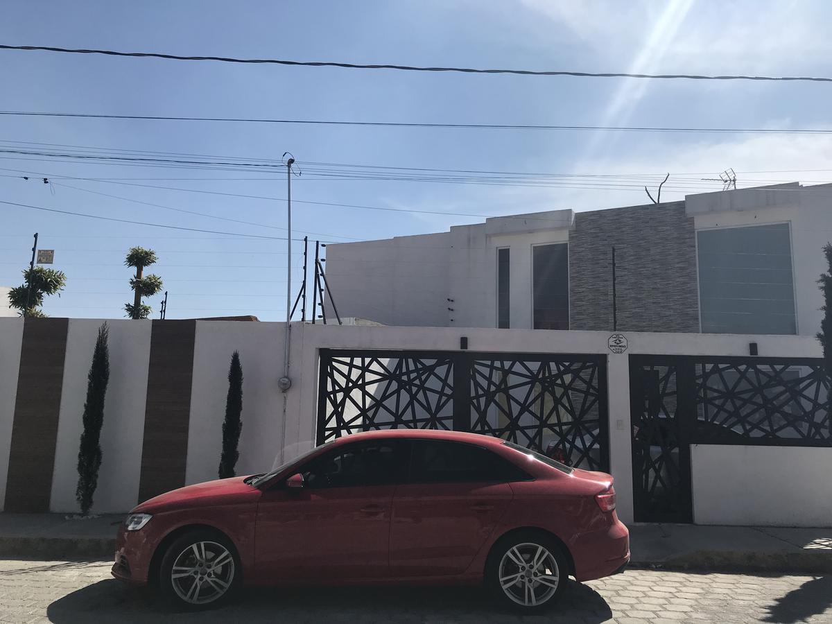 Foto Casa en Venta en  San Miguel Totocuitlapilco,  Metepec  Venta de casa tipo Loft en San Miguel Totocuitlapilco, Metepec Estado de México
