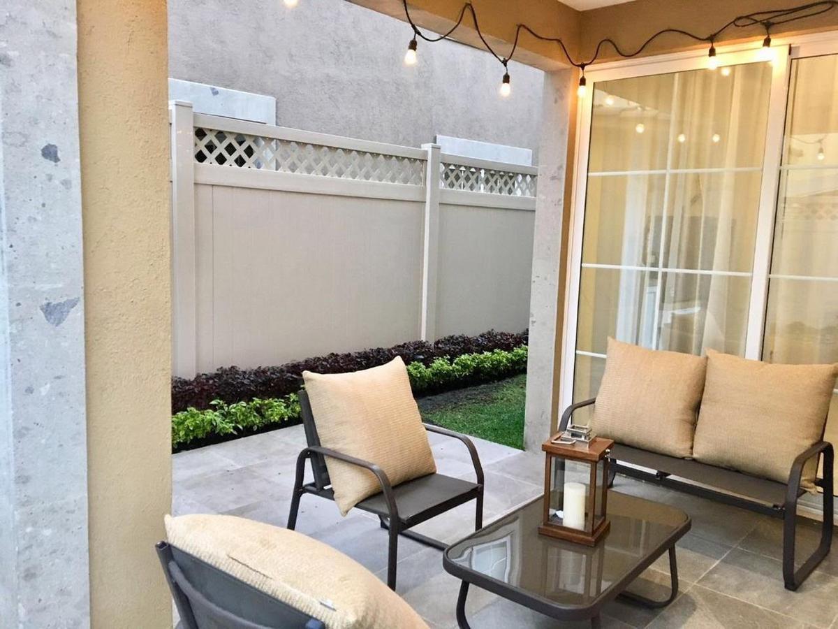 Foto Casa en condominio en Venta en  Fraccionamiento La Asunción,  Metepec  Vendo hermosa residencia en Portofino , Metepec Estado de Mexico