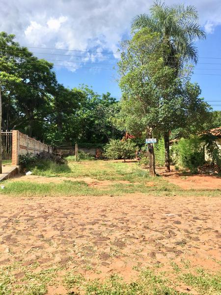 Foto Terreno en Venta en  Luque,  Luque  Barrio Primavera, Zona Juzgado de Primera Instancia