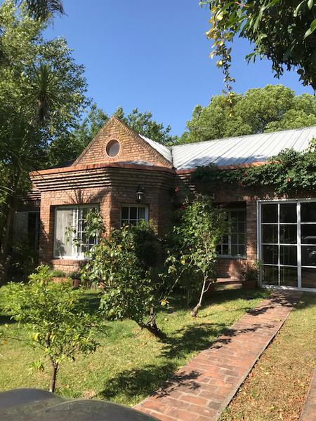 Foto Casa en Venta en  El Rodal,  Countries/B.Cerrado  Pedro  Dreyer al 3500