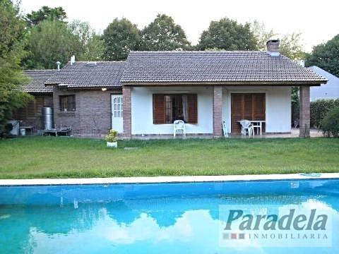 Foto Casa en Alquiler temporario en  Barrio Parque Leloir,  Ituzaingo  De la Espuela