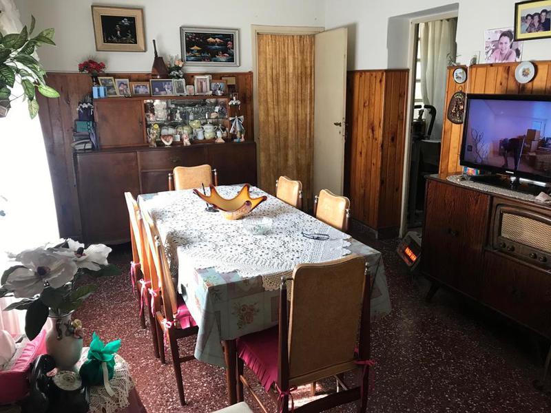 Foto PH en Venta en  Remedios De Escalada,  Lanus  SAN LORENZO 3826 No. 2 - e. Cordero y Murature