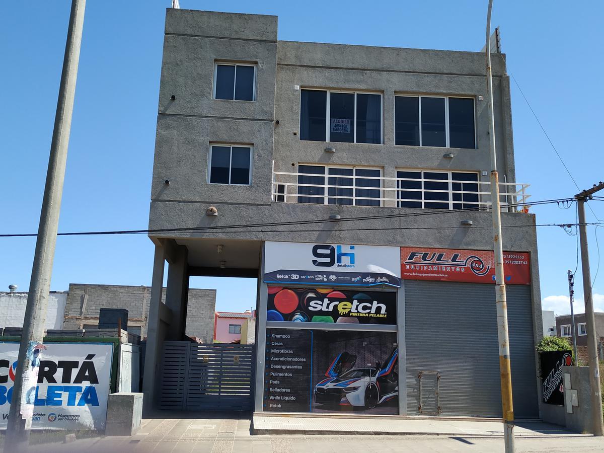 Foto Departamento en Venta en  Las Palmas,  Cordoba  Duarte Quirós al 4100