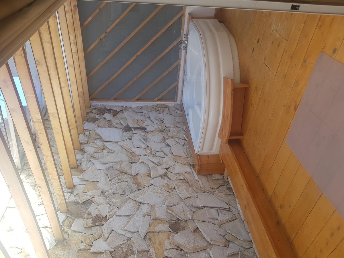 Picture House in Sale in  Cuenca ,  Azuay  Ordoñez Lasso