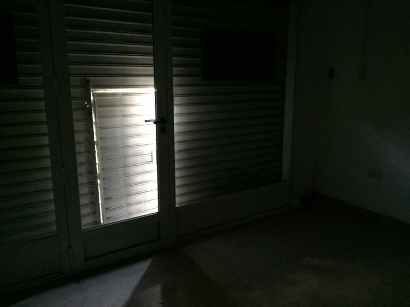 Foto Local en Alquiler en  Remedios De Escalada,  Lanus  GRAL PICO 3815