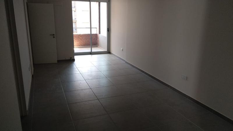 Foto Departamento en Venta en  Nueva Cordoba,  Capital  Bv Illia 518