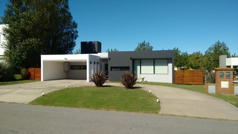 Foto Casa en Venta en  Rumenco,  Mar Del Plata  Jorge Newbery al 5000