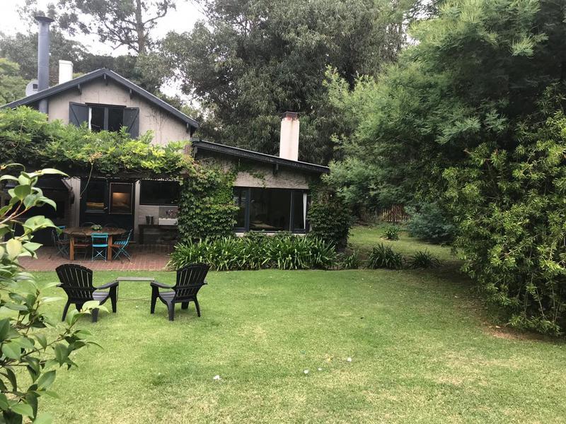 Foto Casa en Venta en  Bosque Peralta Ramos,  Mar Del Plata  Atahualpa y Puelches