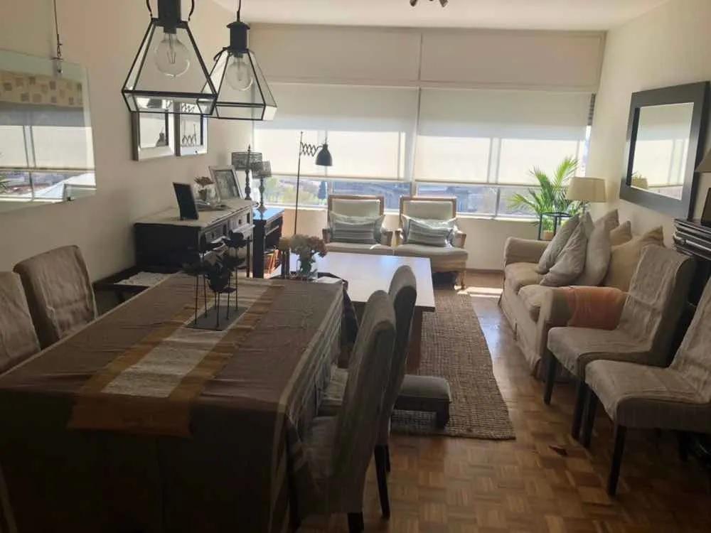 Foto Apartamento en Venta en  Centro (Montevideo),  Montevideo  Av. Libertador y La Paz - EXCELENTE ESTADO - C/ Garage