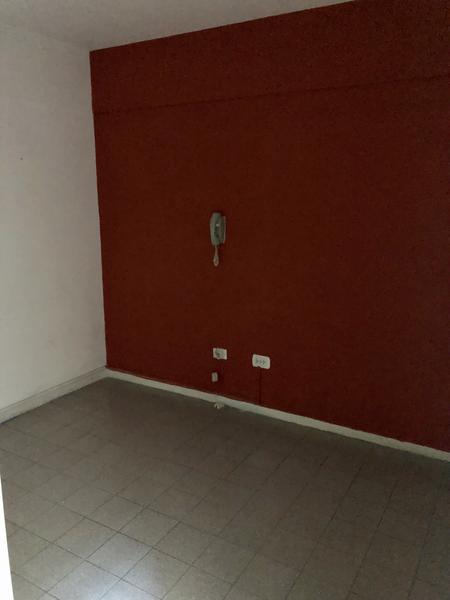 Foto Oficina en Alquiler en  Monte Grande,  Esteban Echeverria  Alem al 100