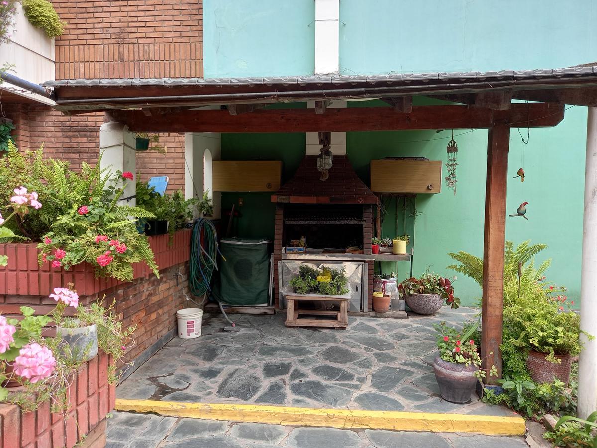 Foto PH en Venta en  Flores Norte,  Flores  Cálcena 200