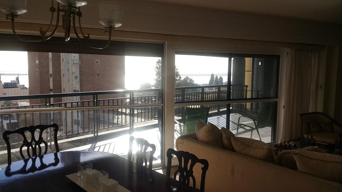 Foto Departamento en Venta |  en  Rosario,  Rosario  Monumento a la bandera, gran piso exclusivo - Rioja 529